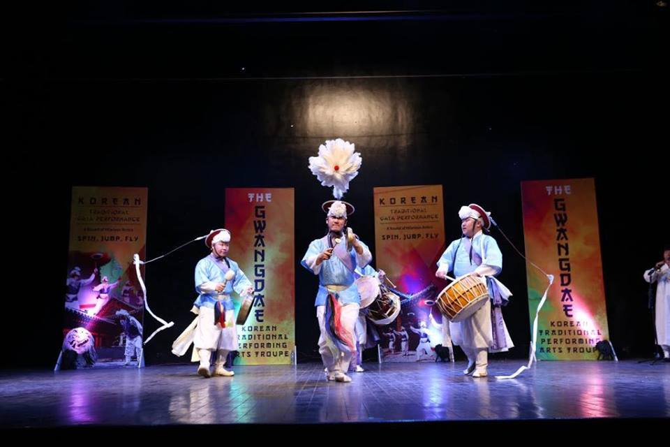 Korean Gwangdae Group Performance At Arts Council Karachi (1)