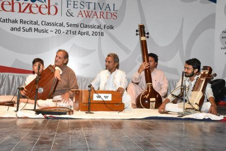 9th Tehzeeb Festival & Awards At Arts Council Karachi (16)