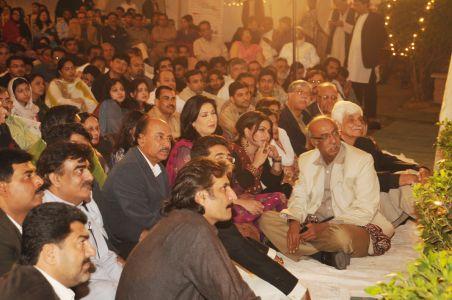 Aalmi Urdu Conference 2010-17