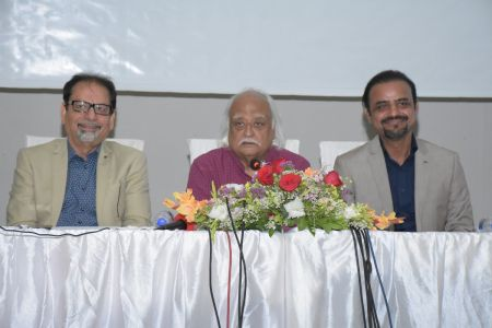 Ahmed Shah, Anwar Maqsood & Shahid Rassam Hold The Press Conference About ACIAC Scholarship Program For Talented Students (8)