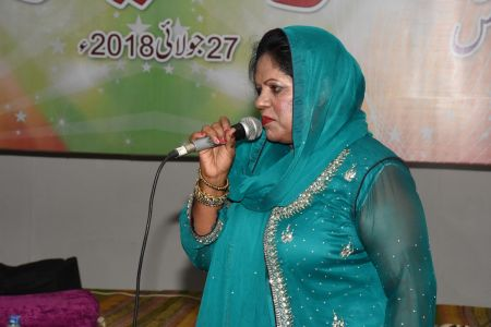 An Evening With Singer Mona Niaz, At Arts Council Of Pakistan Karachi (15)