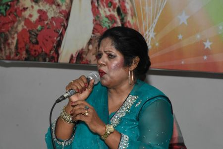 An Evening With Singer Mona Niaz, At Arts Council Of Pakistan Karachi (3)