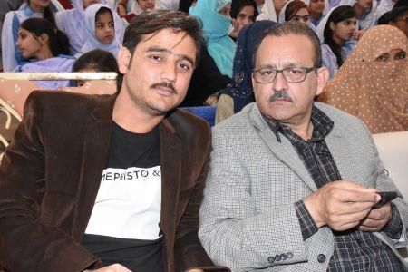 Bashir Saddozai & Matloob Journalist During  Karachi Youth Festival 2017-18 (11)