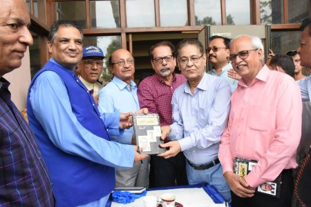 Book Launch Of \'The Party Is Over\' By Suhail Warraich At Arts Council Of Pakistan Karachi (1)