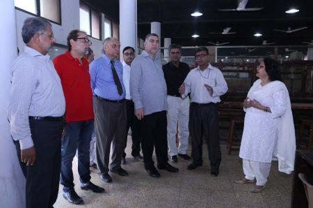 Commissionar Karachi Visited Arts Council (52)