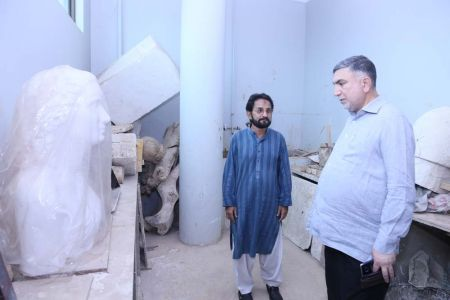 Commissionar Karachi Visited Arts Council (56)