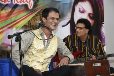Ghazal Night With Shoaib Najmi And Kashia Kaif By Youth Committee Arts Council Of Pakistan Karachi (29)