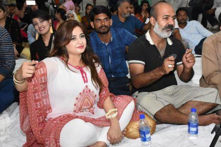 Ghazal Night With Shoaib Najmi And Kashia Kaif By Youth Committee Arts Council Of Pakistan Karachi (31)