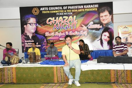 Ghazal Night With Shoaib Najmi And Kashia Kaif By Youth Committee Arts Council Of Pakistan Karachi (3)