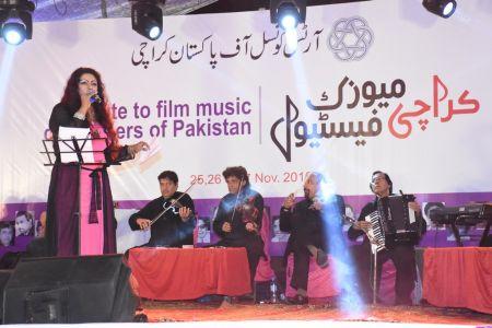 Karachi Music Festival-3rd Day (32)