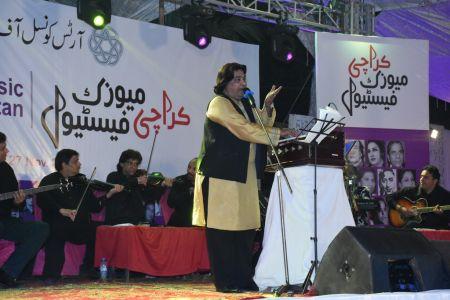 Karachi Music Festival-3rd Day (36)