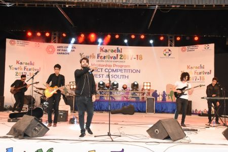 Kashmir Band Musical Performance In Karachi Youth Festival 2017-18 (12)