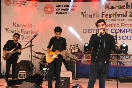 Kashmir Band Musical Performance In Karachi Youth Festival 2017-18 (13)