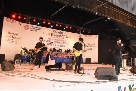 Kashmir Band Musical Performance In Karachi Youth Festival 2017-18 (16)
