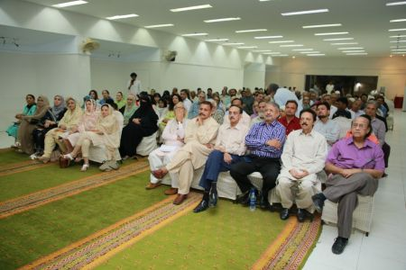 Launching Ceremony Of \'Shaoor Ki Dastak\' By Amna Alam At Arts Council Karachi (11)