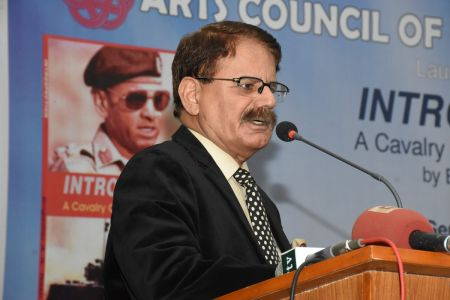 Launching Ceremony Of The Book INTROSPECTION  At Arts Council Karachi(6)