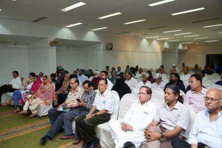 Launching Of \'Panion Men Ghulti Zameen\' Short Stories By Rahman Nishat At Arts Council Karachi  (4)