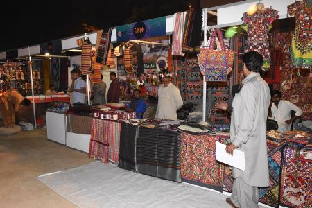 Lock Mela At Arts Council Of Pakistan Karachi (9)