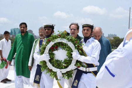 President Ahmed Shah Visits Mazar-e-Quaid To Offer Fateha On 73rd Independace Day 2019 (1)