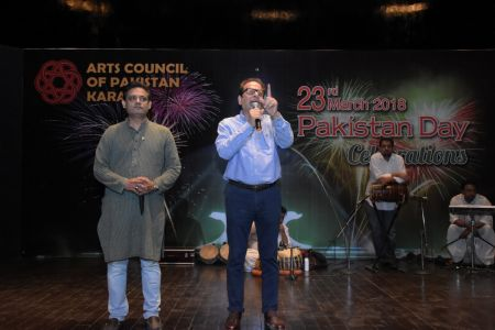 President Arts Council Ahmed Shah And Kashif Grami During 23rd March Celebrations At Arts Council Of Pakistan Karachi (10)