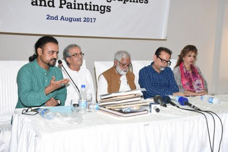 Press Conference About Sadiquain Fake Painting (11)