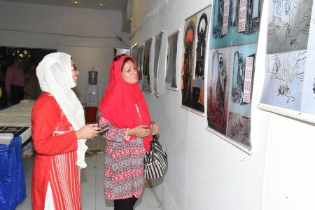 Press Conference About Sadiquain Fake Painting (16)
