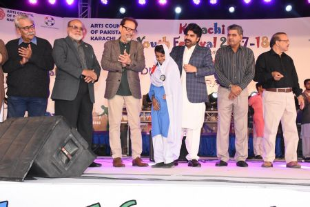Prize Distribution Of District Central - Karachi Youth Festival 2017-18 At Arts Council Karachi (16)