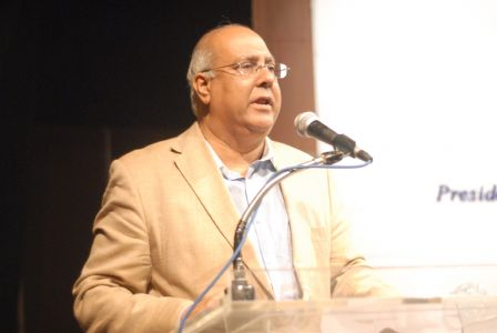 SM Muneer Aeteraf E Kamal -032
