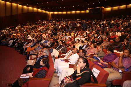 Session On Fahmida Riyaz In 12th Aalmi Urdu Conference At Arts Council Karachi  (11)