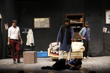 Sindh Theater Festival Drama Dark Room (11)