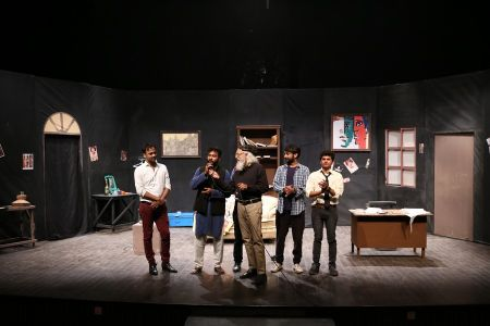Sindh Theater Festival Drama Dark Room (14)