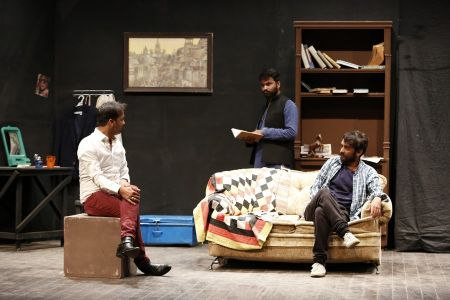 Sindh Theater Festival Drama Dark Room (6)