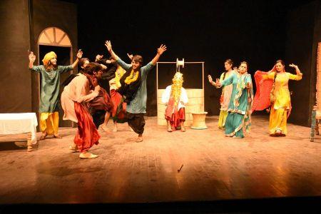 Sindh Theater Festival Drama Heer Ranjha (12)