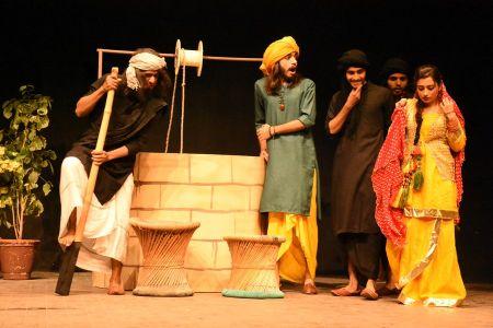Sindh Theater Festival Drama Heer Ranjha (17)
