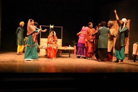 Sindh Theater Festival Drama Heer Ranjha (29)