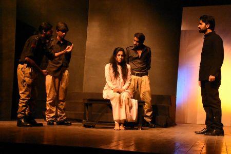 Sindh Theater Festival, Soo E Dar Chaley (8)