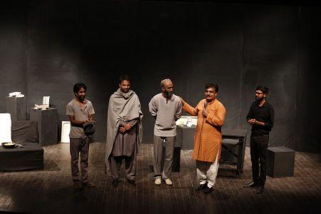 Sindhi Play Art (14)