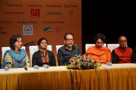 Theater \'Mian Biwi Aur Wagah\' Press Conference (4)