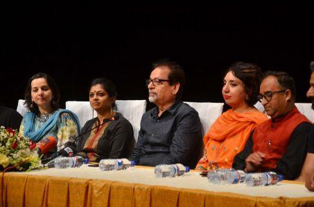 Theater \'Mian Biwi Aur Wagah\' Press Conference (9)