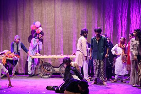 Theater Play HUA KUCH YOON By Dawar Mehmood KopyKats Productions (9)