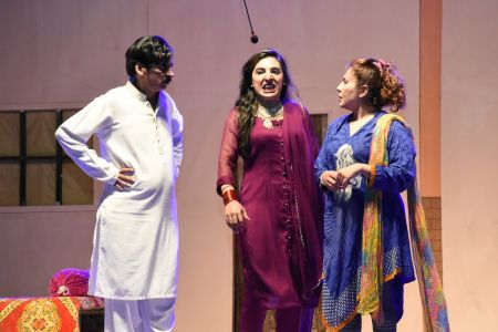Theater Play Munda Bigree Jaye At Arts Council\'s Awami Theater Festival 2018 (14)