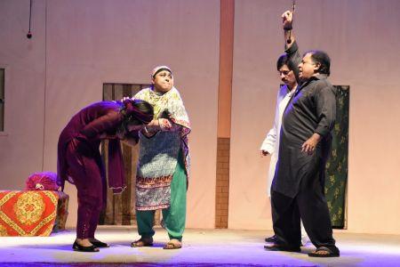 Theater Play Munda Bigree Jaye At Arts Council\'s Awami Theater Festival 2018 (17)