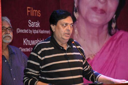 Tribute To Artist Zaheen Tahira At Arts Council Karachi(13)
