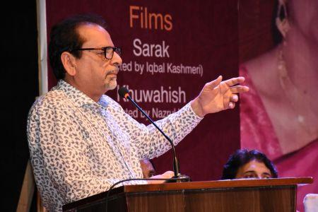 Tribute To Artist Zaheen Tahira At Arts Council Karachi(24)