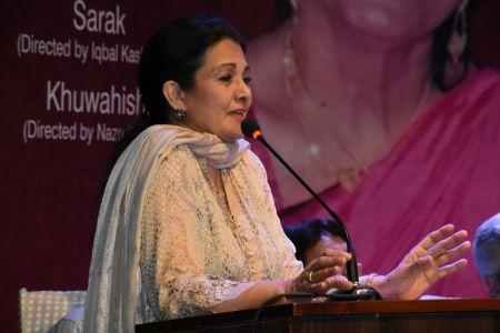 Tribute To Artist Zaheen Tahira At Arts Council Karachi(25)