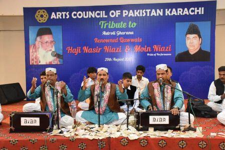 Tribute To Niazi Bradran Qawwal (10)