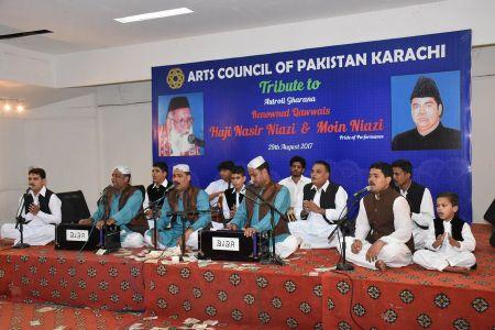 Tribute To Niazi Bradran Qawwal (3)