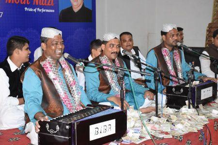 Tribute To Niazi Bradran Qawwal (9)