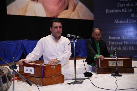 Tribute To Ustad Fateh Ali Khan (15)