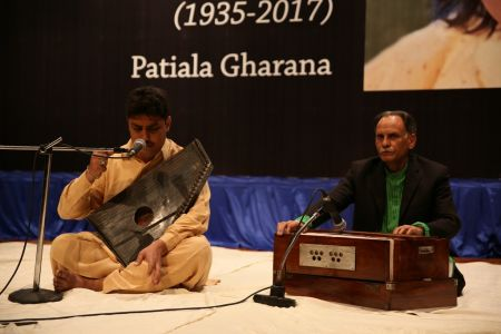 Tribute To Ustad Fateh Ali Khan (3)